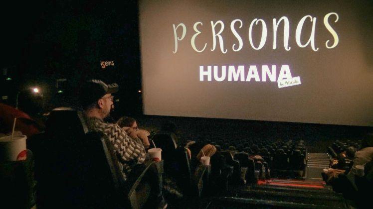Captura estrenos personas en cines